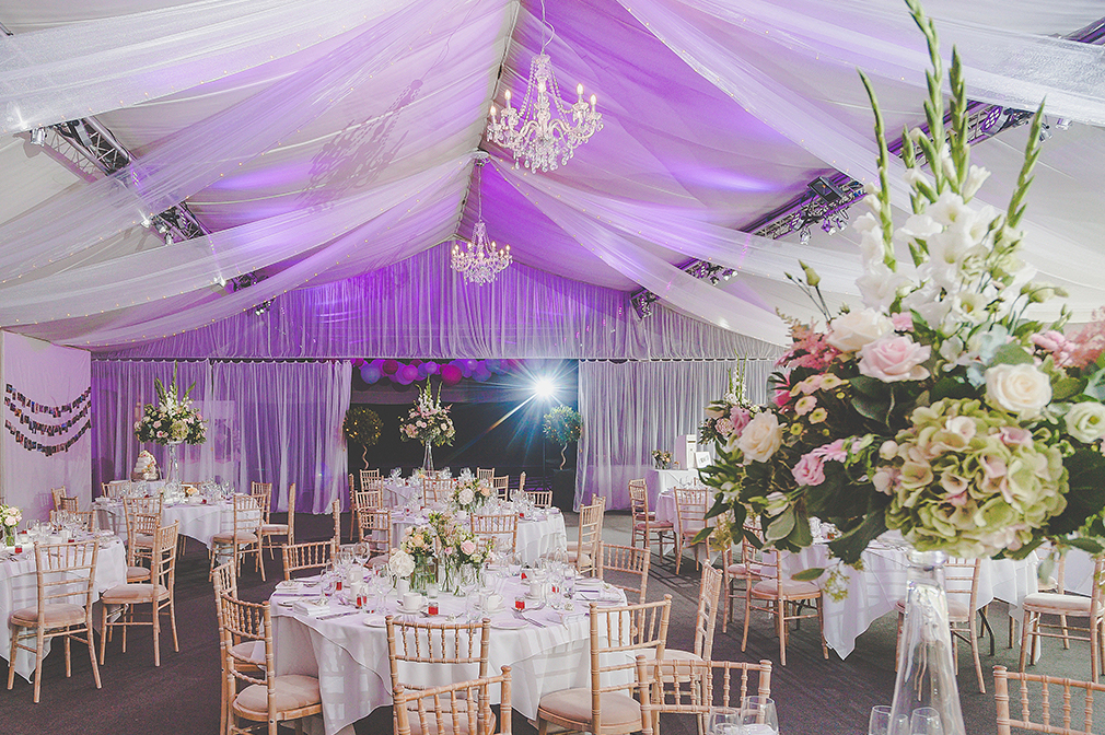 The Pavillion at Braxted Park with neutral décor is perfect for all wedding themes